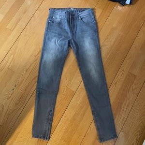 7 FOR ALL MANKIND skinny jeans-never worn
